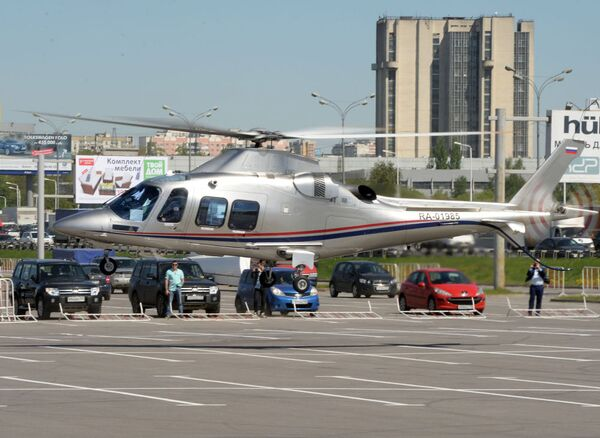 "Хеликоптер ""Августа АВ109"", стигао за учешће на изложби  ""HelliRussia-2015"" - Sputnik Србија"