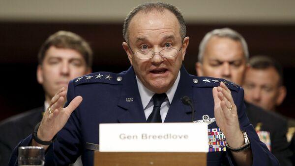 Komandant NATO snaga za Evropu, američki general Filip Bridlav - Sputnik Srbija