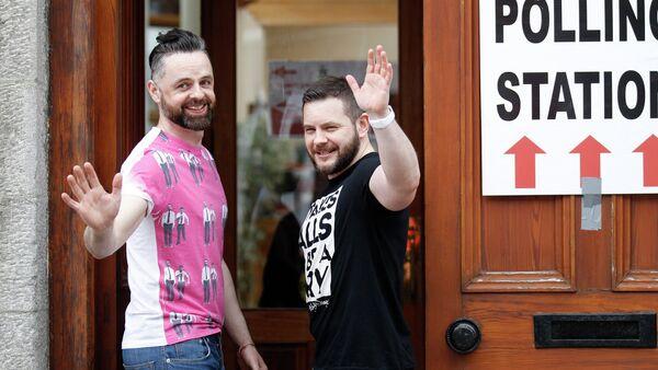Ирци гласали за легализацију геј бракова - Sputnik Србија