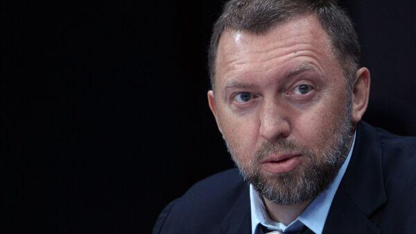 Олег Дерипаска: CEAK Holdings, ћерка-фирма компаније Ен плус, сматра да су црногорске власти прекршиле уговорне обавезе из 2009. и 2010. и тако довеле некада успешну фирму до банкрота. - Sputnik Србија