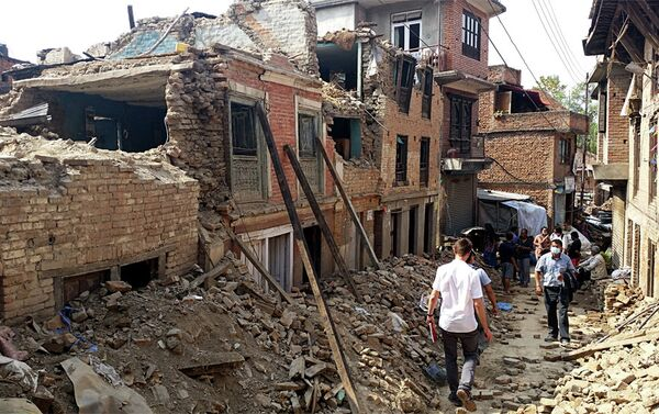 Становници готово потпуно срушеног  Бунгаматија - Sputnik Србија
