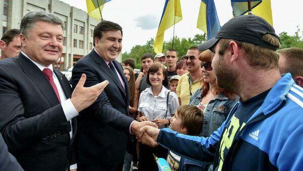 Председник Украјине Петро Порошенко и Михаил Сакашвили - Sputnik Србија