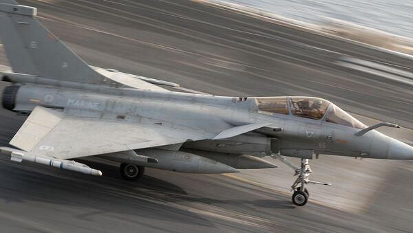 Француски војни вишенаменски авион Рафал - Sputnik Србија