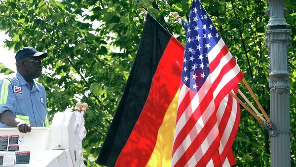Заставе Америке и Немачке - Sputnik Србија