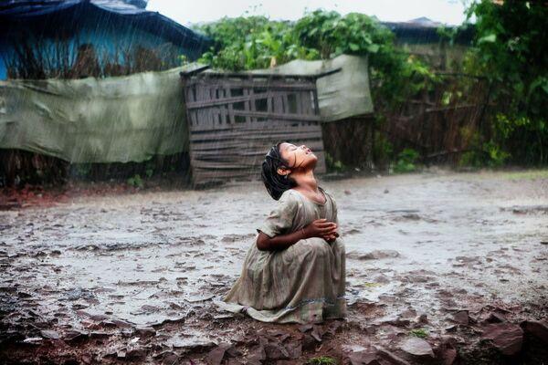 A photo «Poonam's Tale of Hope in Bhopal» by Italian photographer Alex Masi. - Sputnik Србија