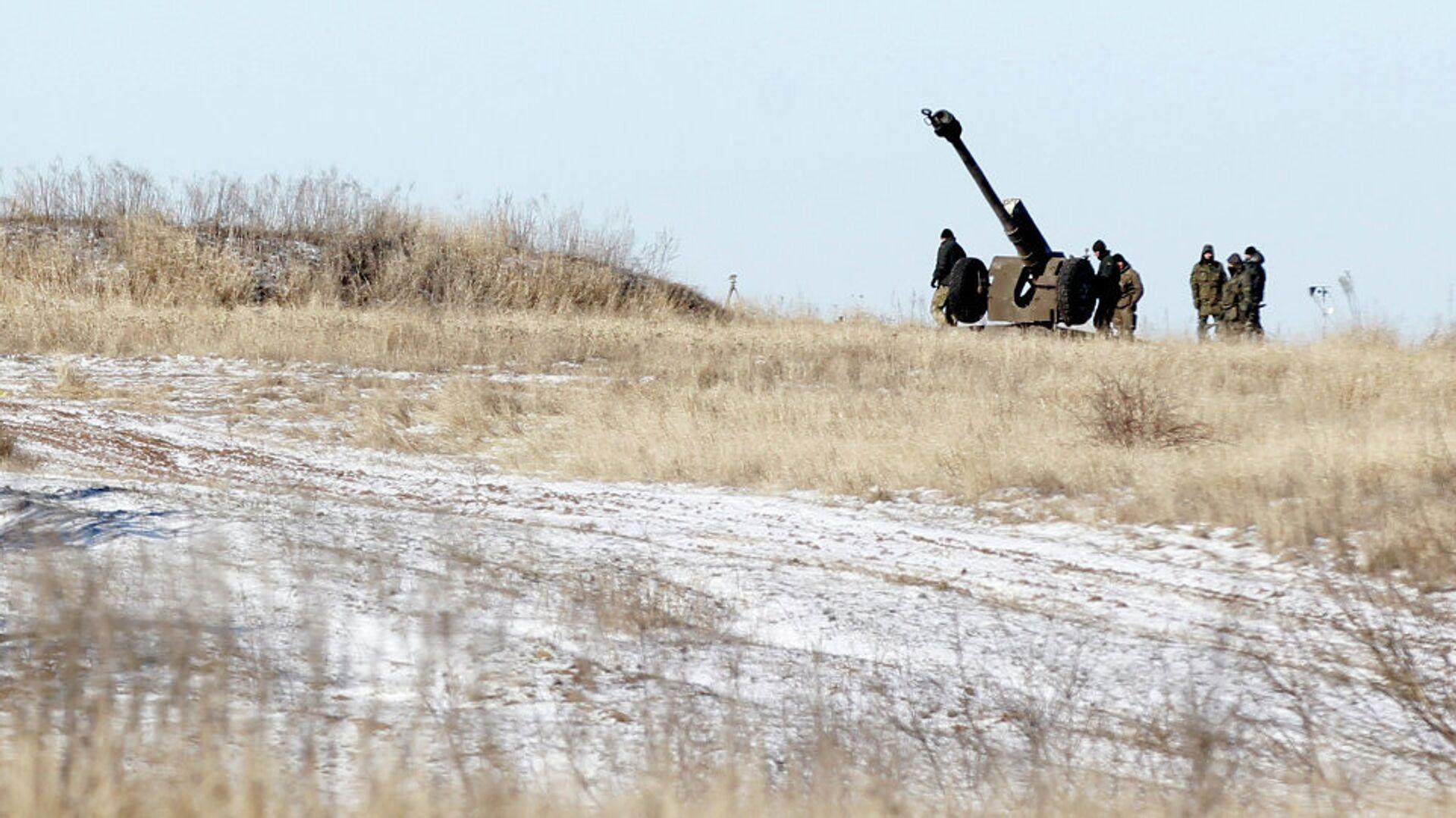 Ukrajinsko teško naoružanje, 20 km severno od Debaljceva - Sputnik Srbija, 1920, 26.07.2021