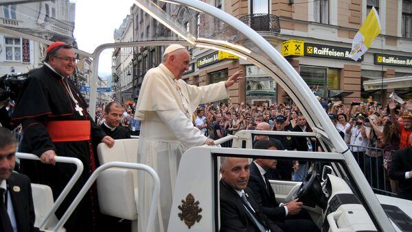 Папа Фрања у посети Сарајеву - Sputnik Србија