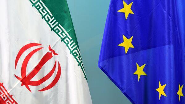 Zastave Irana i EU - Sputnik Srbija
