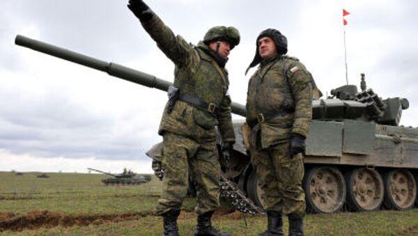 Vojne vežbe ruske vojske na poligonu Sernovodski, blizu granice sa Čečenijom - Sputnik Srbija