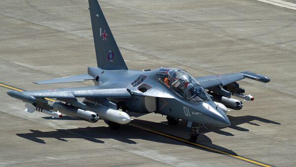 """""""Јаковљев"""" Јак-130, авион за школовање и обуку пилота - Sputnik Србија"""