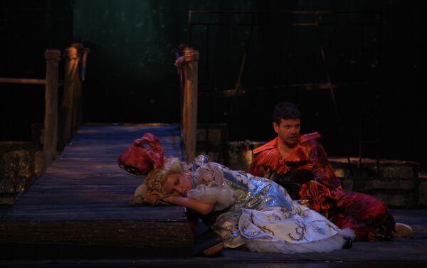 "Сцена из опере ""Чаробна Фрула"" Волфганга Амадеуса Моцарта, Народно позориште - Sputnik Србија"