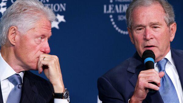 Bil Klinton i Džordž Buš - Sputnik Srbija