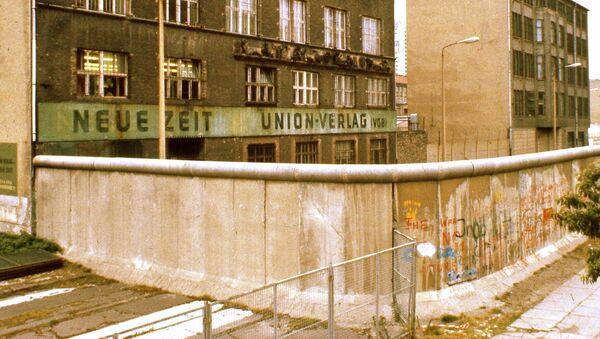 Берлински зид - симбол европских подела - Sputnik Србија