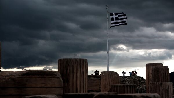 Застава Грчке вијори се на Акропољу - Sputnik Србија
