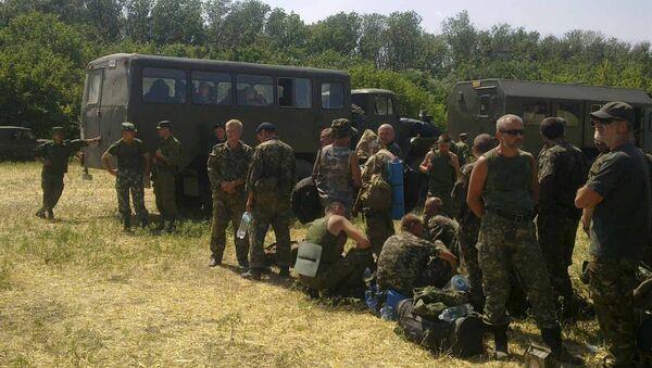 Ukrajinski vojnici traže utočište u Rusiji, region Rostov. - Sputnik Srbija