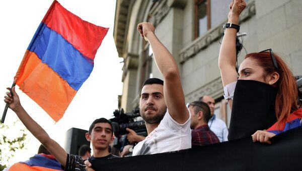 Протести у Јерменији - Sputnik Србија