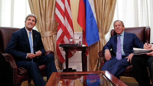 Државни секретар САД Џон Кери И Сергеј Лавров - Sputnik Србија
