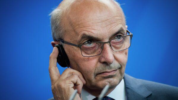 Premijer samoproglašene države Kosovo Isa Mustafa - Sputnik Srbija