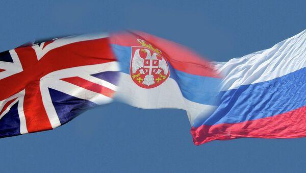 Zastave Velike Britanije, Srbije i Rusije - Sputnik Srbija