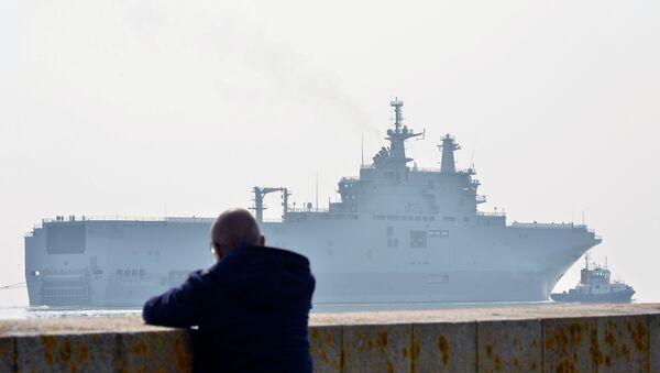 "Десантни брод ""Севастопољ"" класе ""мистрал"" - Sputnik Србија"