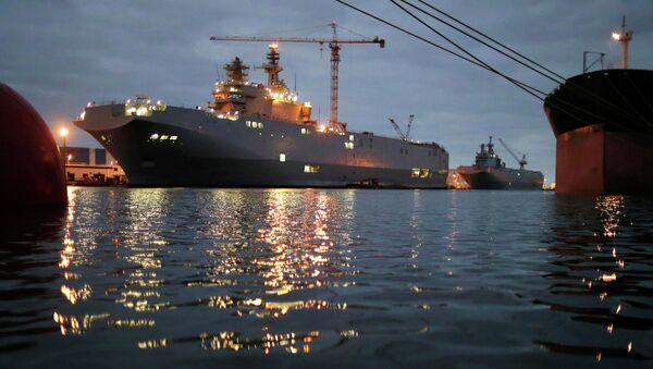 """Desantni brodovi klase """"mistral"""" – """"Sevastopolj"""" i """"Vladivostok"""" - Sputnik Srbija"""
