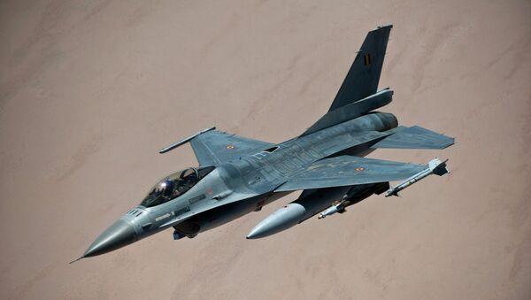 Белгијски ловац Ф-16 - Sputnik Србија