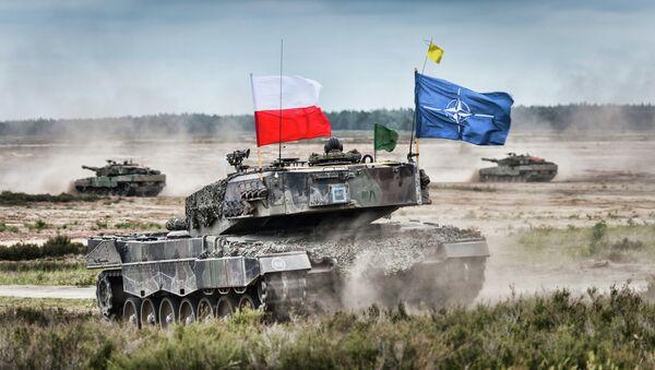 NATO Poljska tenk i oklopno vozilo - Sputnik Srbija