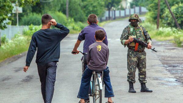 Украјинска војска у селу Макучеву - Sputnik Србија