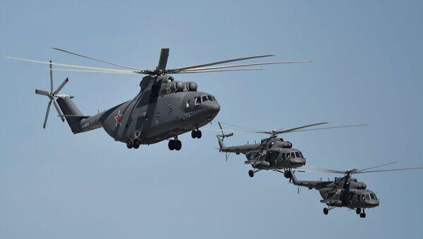 Mi-26 i Mi-8 - Sputnik Srbija
