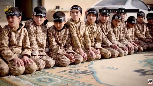 Islamska država, deca - Sputnik Srbija