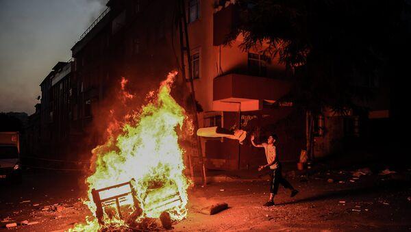 Протести у Истанбулу - Sputnik Србија