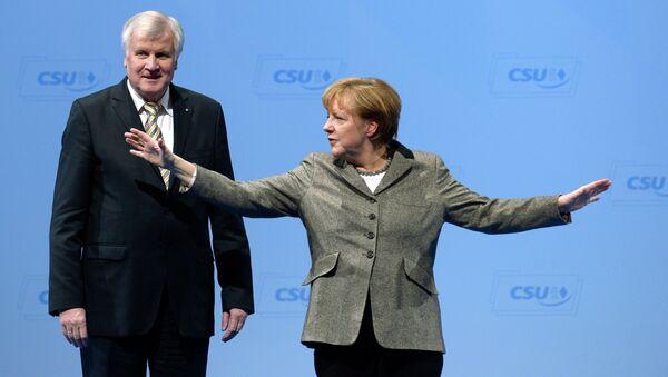 Horst Zehofer i Angela Merkel - Sputnik Srbija