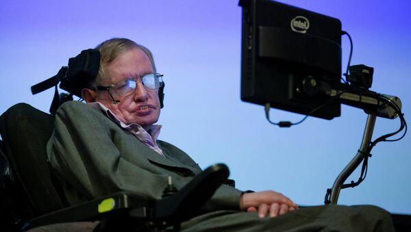 Бритaнски физичар Стивен Хокинг - Sputnik Србија