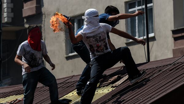 Ектремни левичари ПКК нападају полицију у Инстамбулу - Sputnik Србија