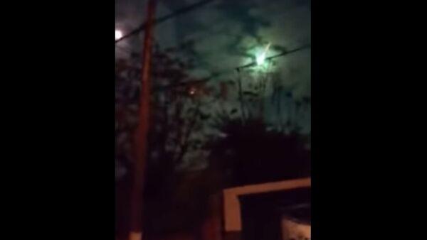 Falling meteorite - Sputnik Србија