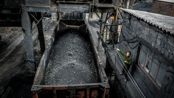 Ugalj u rudniku Čeljuškincev u Donjecku - Sputnik Srbija