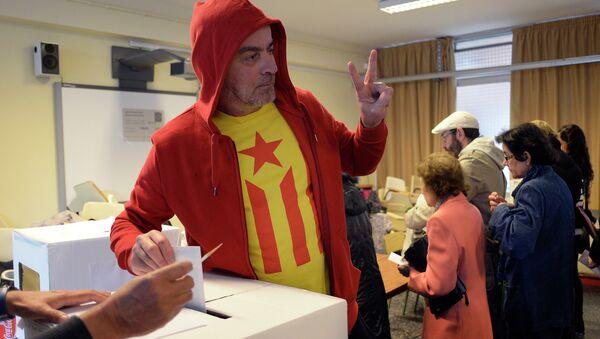 Neformalno glasanje za nezavisnost Katalonije - Sputnik Srbija