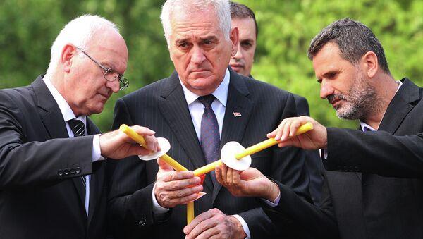Tomislav Nikolić u Banstolu, parastos žrtvama Oluje - Sputnik Srbija
