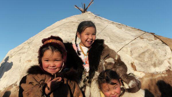 Nomadic camp of Chukchi reindeer herders in the village of Kanchalan, the Chukotka Autonomous Okrug - Sputnik Srbija