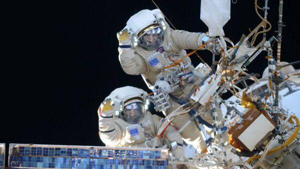 Ruski kosmonauti u svemiru - Sputnik Srbija