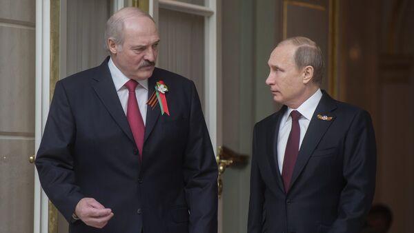 Aleksandar Lukašenko i Vladimir Putin - Sputnik Srbija