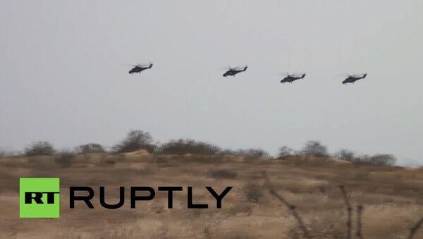 Ruski helikopteri ruše sve pred sobom - Sputnik Srbija