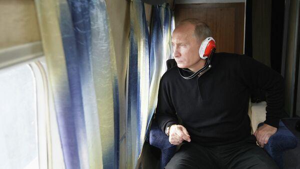 Premьer-ministr RF Vladimir Putin s vertoleta osmotrel mesto posledstviй stihiйnogo bedstviя - Sputnik Srbija