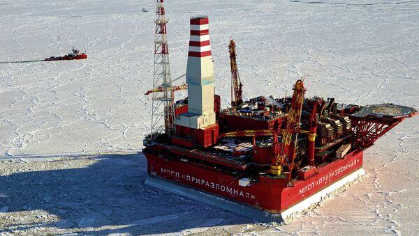 Приразломнаја нафтна платформа - Sputnik Србија