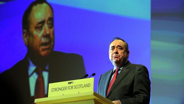 Aleks Salmond, bivši premijer Škotske i lider Škotske nacionalne parije - Sputnik Srbija