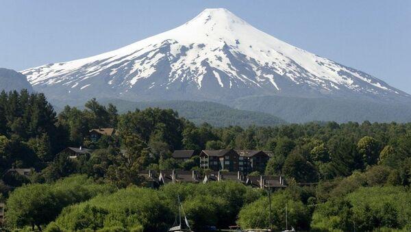 Вулкан Виљарика у Чилеу - Sputnik Србија
