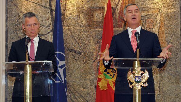 Jens Stoltenberg i Milo Đukanović - Sputnik Srbija