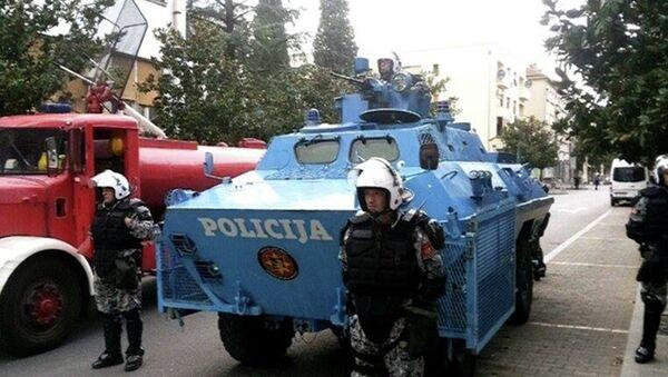 Jake policijske snage obezbeđuju miting u Podgorici - Sputnik Srbija