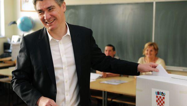 Zoran Milanović glasa - Sputnik Srbija