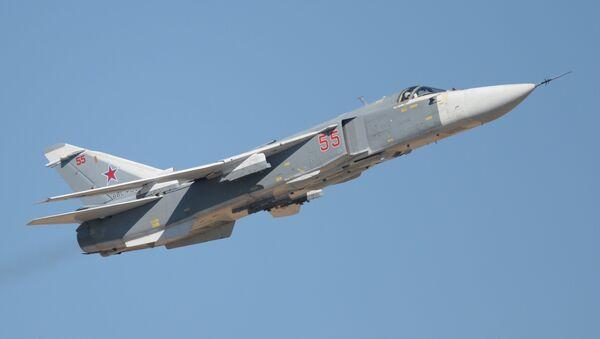 Lovac-bombarder Su-24 - Sputnik Srbija